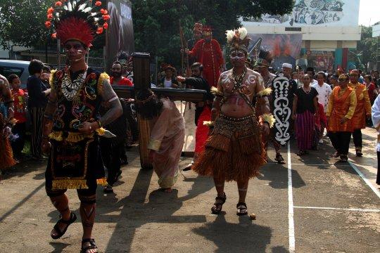 Prosesi Tablo Inkulturasi pertama di Indonesia
