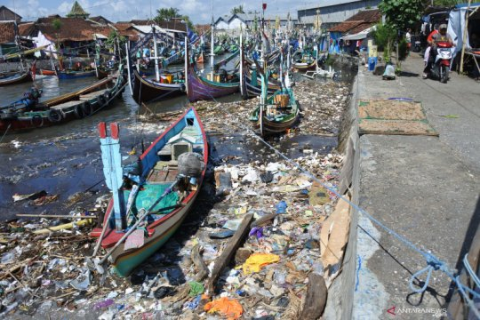 Greenpeace dorong produk alternatif kurangi sampah plastik