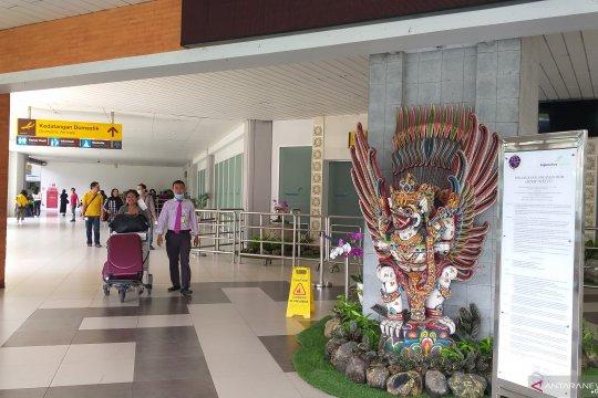 Sejak pagi, terminal Keberangkatan domestik Ngurah Rai beroperasi