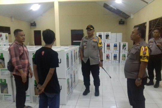 Rekapitulasi hasil Pemilu tingkat kecamatan di Palu masih berlangsung