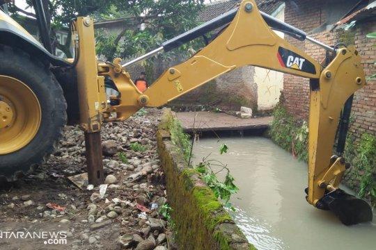Banjir di Palabuhanratu akibat pendangkalan sungai