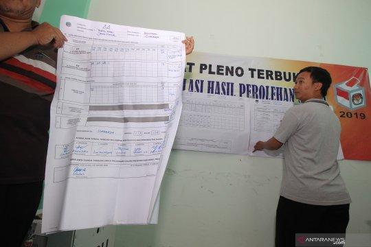 Situasi memanas, perhitungan suara di Kecamatan Medan Petisah ditunda