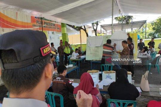 KPU Lumajang targetkan enam hari rekapitulasi PPK tuntas