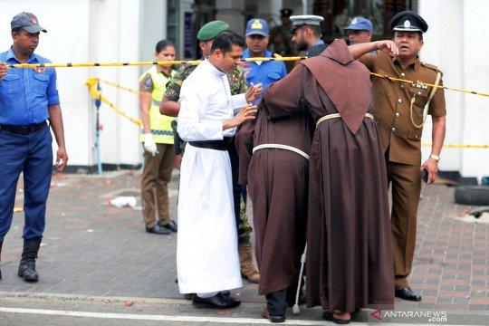 138 orang tewas dalam serangan  terhadap gereja dan hotel di Sri Lanka