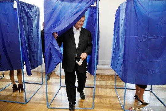 Capres petahana Ukraina gunakan hak suaranya di Pilpres putaran kedua