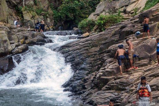Lokasi wisata air terjun di Pekalongan