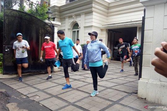 Sandiaga melakukan aktivitas berlari setelah pulih dari sakit
