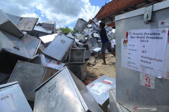 KPU akan lelang kotak suara bekas Pemilu 2014