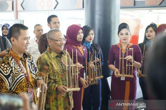 Sriwijaya Air gelar Kartini Flight