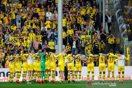 Hasil dan klasemen Liga Jerman, Dortmund jaga asa juara