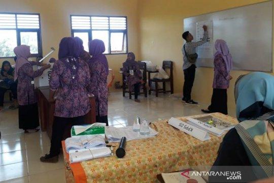 Penghitungan suara tingkat Kabupaten Penajam 27-30 April