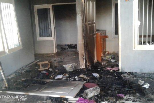 Tahanan mengamuk dan membakar Rutan Pasangkayu