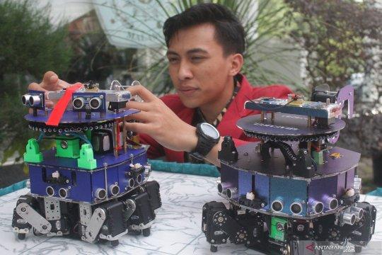 Robot pemadam api pemenang kompetisi di AS