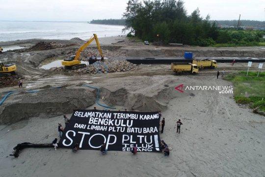 Aktivis : selamatkan terumbu karang dari limbah PLTU batu bara