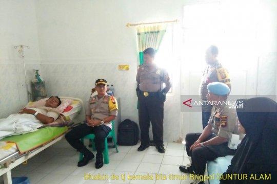 Anggota polisi dilarikan ke RS saat pengamanan rekapitulasi
