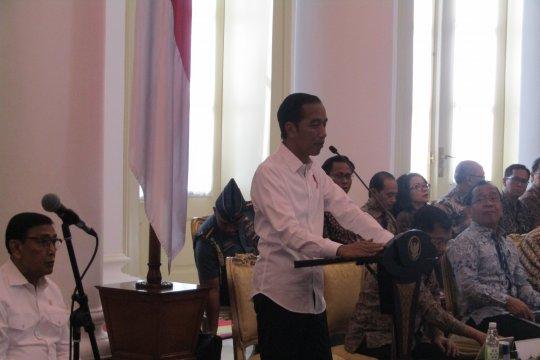 Jokowi minta Panglima TNI dan Kapolri jaga stabilitas keamanan