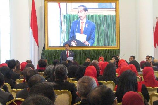Jokowi: Keruwetan peraturan dan perizinan hambat realisasi investasi