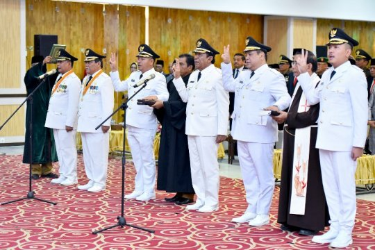 Gubernur Sumut melantik tiga kepala daerah