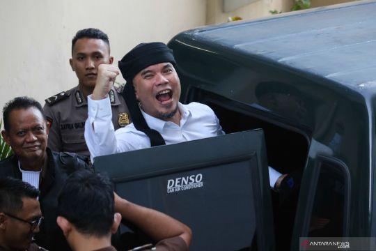 Jaksa tuntut Ahmad Dhani satu tahun enam bulan penjara