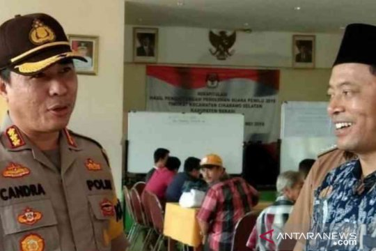 Polres Bekasi kerahkan 20 personil kawal pleno kecamatan