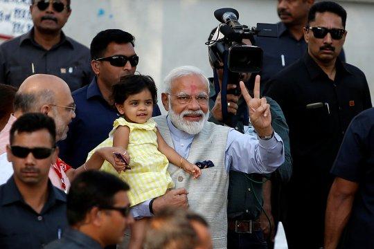 India utara mulai pemungutan suara tahap lima