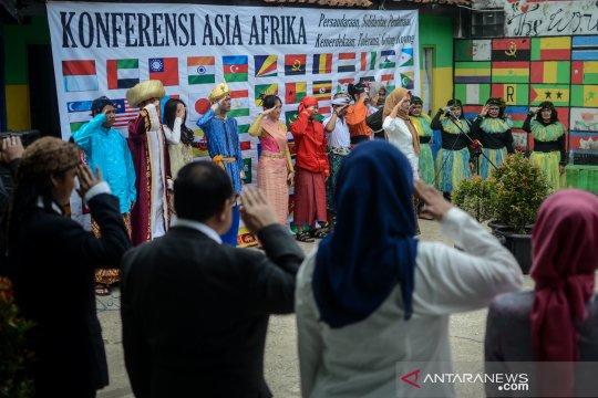 Sekolah Rakjat Inggit Garnasih peringati hari Solidaritas Asia - Afrika