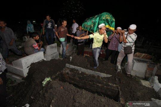 Polisi bilang anggota KPPS meninggal akibat bunuh diri