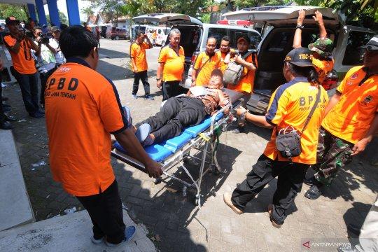 Simulasi evakuasi bencana gunung meletus