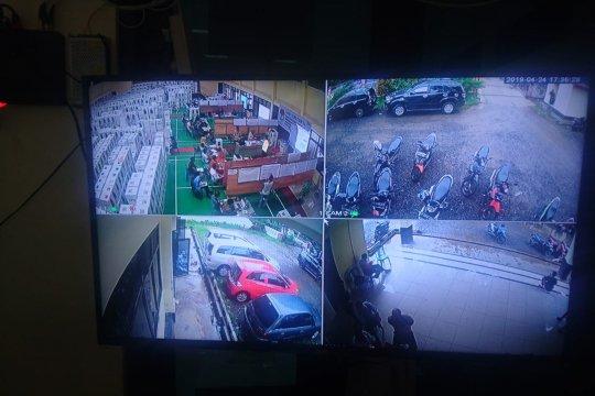 Rekapitulasi suara PPK Sukmajaya Dipasangi CCTV