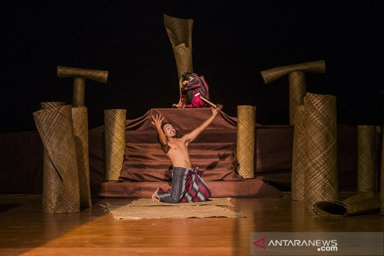 Riau gelar Parade Teater Daerah hadirkan 10 sanggar