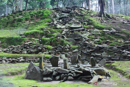 Situs usia ratusan tahun di Bogor jadi tempat ziarah
