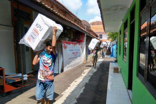 Dua PPK di Kota Cirebon selesai rekapitulasi suara