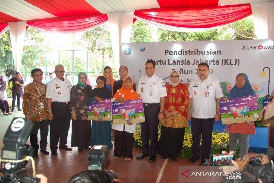 Bank DKI bersama Dinsos distribusikan Kartu Lansia Jakarta