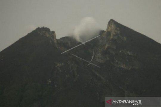 Gunung Merapi alami 11 kali gempa guguran