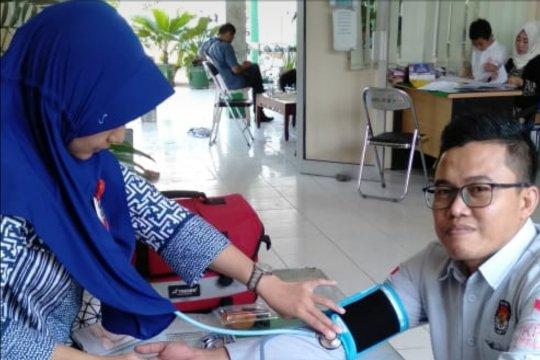 KPU gandeng dinas kesehatan siagakan petugas di kecamatan