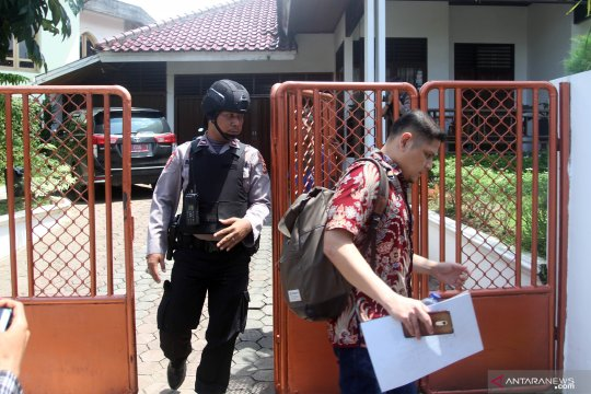 Bupati Solok Selatan mengaku belum tahu perkara penggeledahan rumahnya