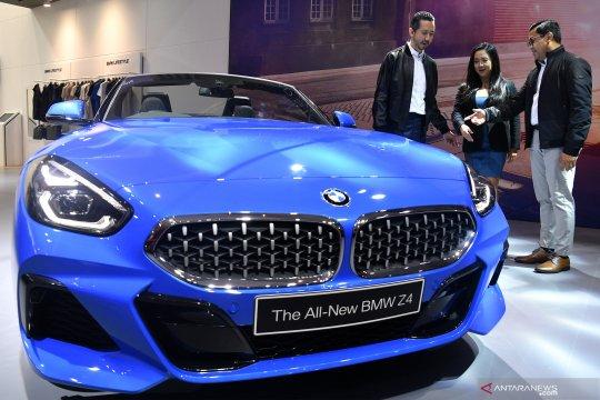 Bos BMW bantah beli saham Mercy