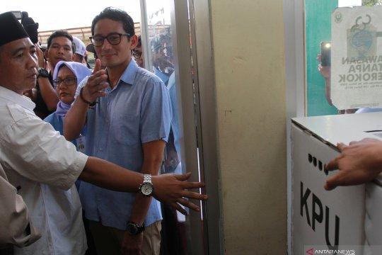 Sandiaga Uno tinjau rekapitulasi suara di Ciputat