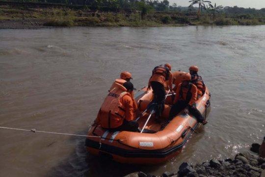 Jasad dua bocah yang hanyut di Sungai Rejasa Pemalang ditemukan