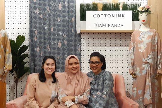 Ria Miranda dan Cotton Ink hadirkan koleksi kasual untuk Lebaran