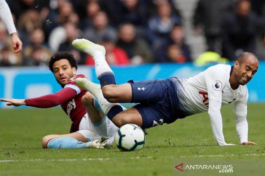 West Ham permalukan Tottenham