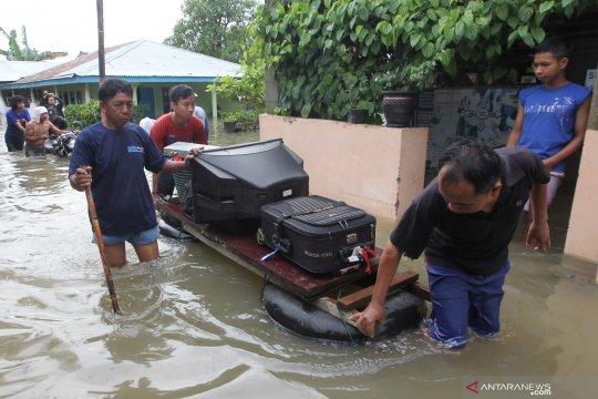 Ratusan Tagana siaga bantu penanganan dampak banjir Bengkulu