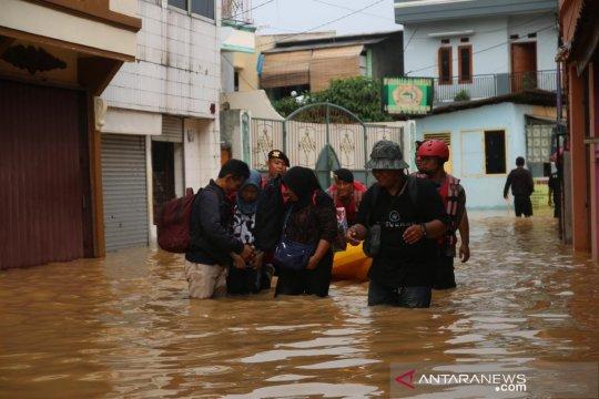Kemensos bangun 11 dapur umum untuk korban banjir Jakarta