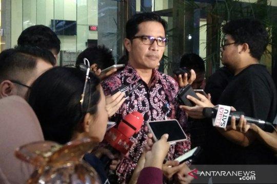 KPK tahan empat anggota DPRD Lampung Tengah