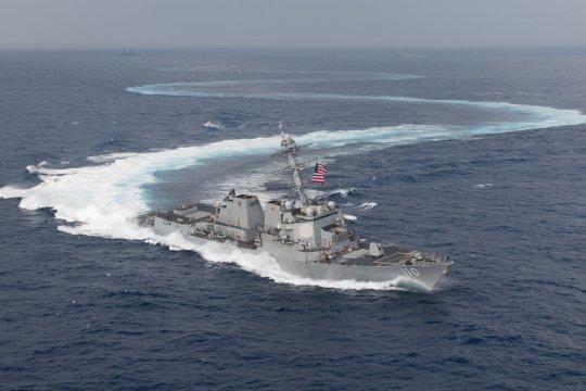 Kapal perang Angkatan Laut AS lintasi Selat Taiwan