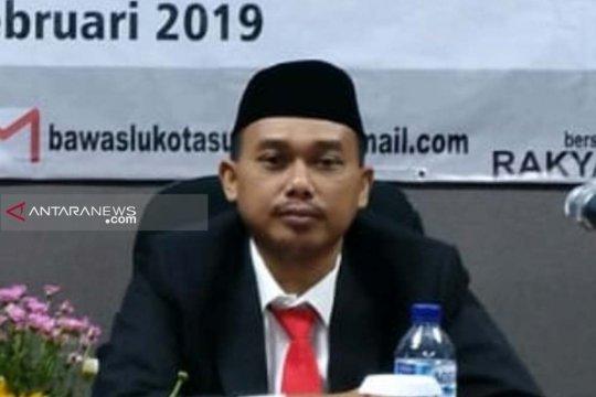 54 TPS di Surabaya selesaikan hitung ulang