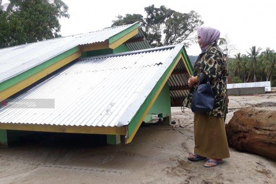 Harta benda korban banjir Sigi belum bisa dievakuasi