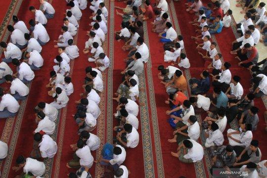 Pemprov Malut tingkatkan disiplin ASN melalui kegiatan keagamaan