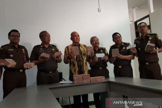 Terdakwa korupsi mading Kendal kembalikan Rp4,4 miliar