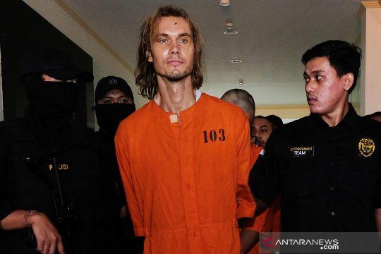 Penangkapan WN Rusia penyelundup narkotika